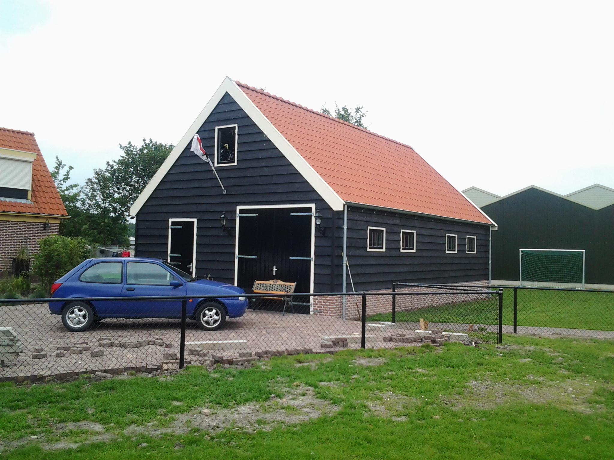 Garage Met Veranda : Gepotdekseld met veranda jaro houtbouw is tevens gespecialiseerd